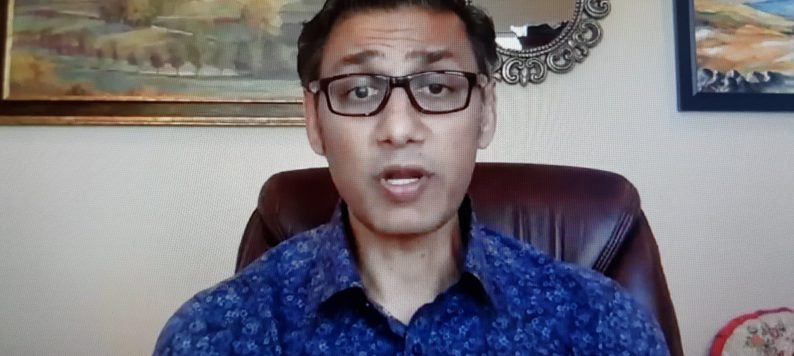 Dr. Babar Khan gives opening remarks at American Delirium Society 2020 meeting